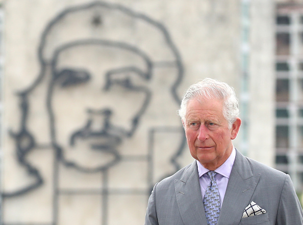 ベストショット「The Prince Of Wales And Duchess Of Cornwall Arrive In Cuba」:写真・画像(3)[壁紙.com]