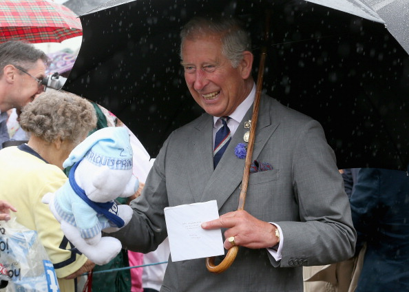 King's Lynn「The Prince Of Wales & Duchess Of Cornwall Visit The Sandringham Flower Show」:写真・画像(15)[壁紙.com]