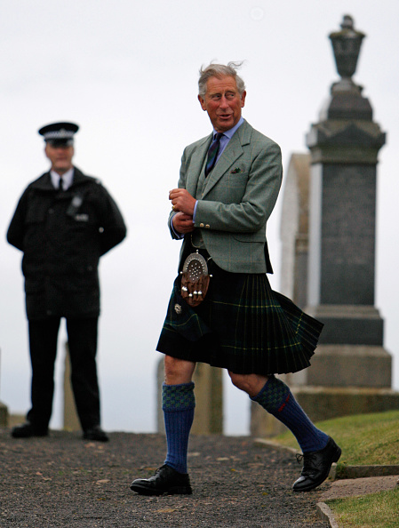 Kilt「Charles And Camilla Attend Sunday Service At Canisbay Church」:写真・画像(1)[壁紙.com]