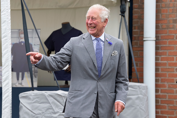 Laughing「The Prince Of Wales And The Duchess Of Cornwall Undertake Engagements In Bristol And Gloucester」:写真・画像(8)[壁紙.com]