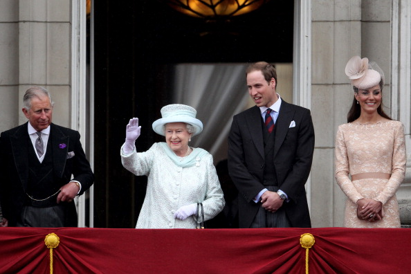 William S「Diamond Jubilee - Carriage Procession And Balcony Appearance」:写真・画像(6)[壁紙.com]