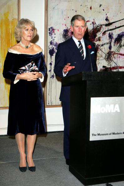 Cutting「Prince Of Wales And Duchess Of Cornwall US Visit - Day 1」:写真・画像(13)[壁紙.com]