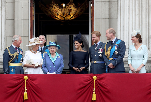 Balcony「Members Of The Royal Family Attend Events To Mark The Centenary Of The RAF」:写真・画像(17)[壁紙.com]