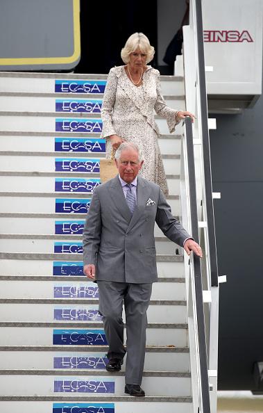 男「The Prince Of Wales And Duchess Of Cornwall Arrive In Cuba」:写真・画像(19)[壁紙.com]