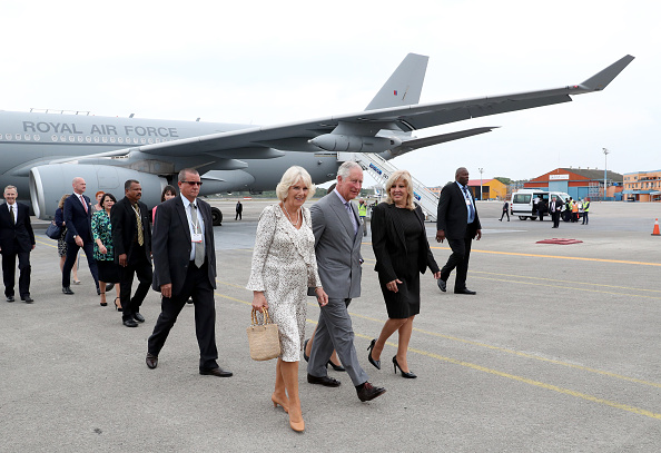 Arrival「The Prince Of Wales And Duchess Of Cornwall Arrive In Cuba」:写真・画像(15)[壁紙.com]