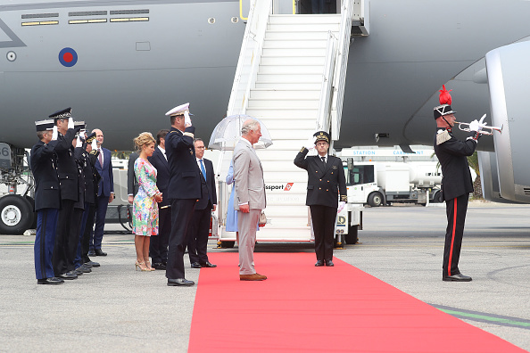Nice Côte d'Azur Airport「Prince Of Wales And Duchess Of Cornwall Visit Greece」:写真・画像(13)[壁紙.com]