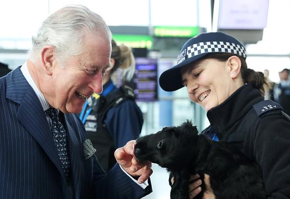 Heathrow Airport「The Prince Of Wales Visits Heathrow Airport」:写真・画像(19)[壁紙.com]
