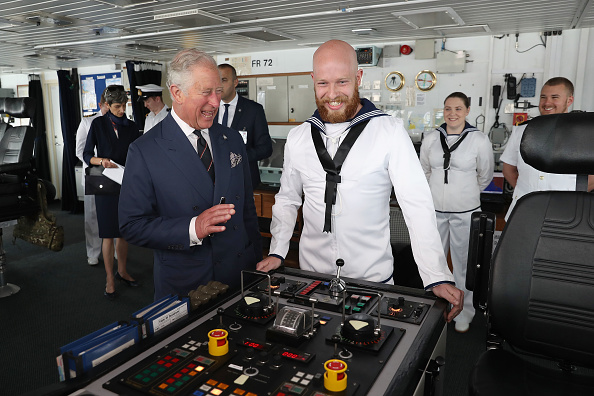 Visit「Prince Of Wales And Duchess Of Cornwall Visit Greece」:写真・画像(12)[壁紙.com]