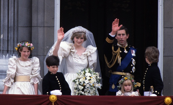 Page「Prince Charles Marries Lady Diana Spencer」:写真・画像(7)[壁紙.com]