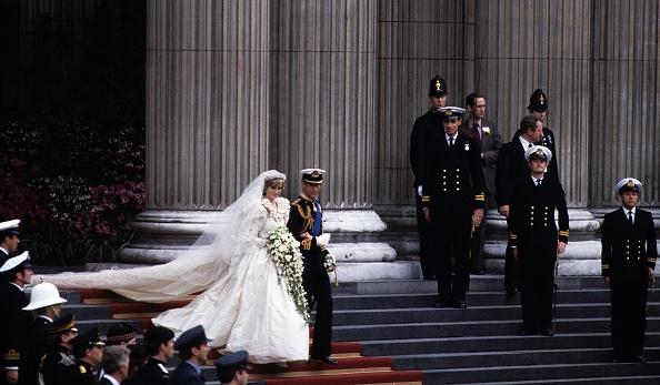Wedding「Prince Charles Marries Lady Diana Spencer」:写真・画像(19)[壁紙.com]