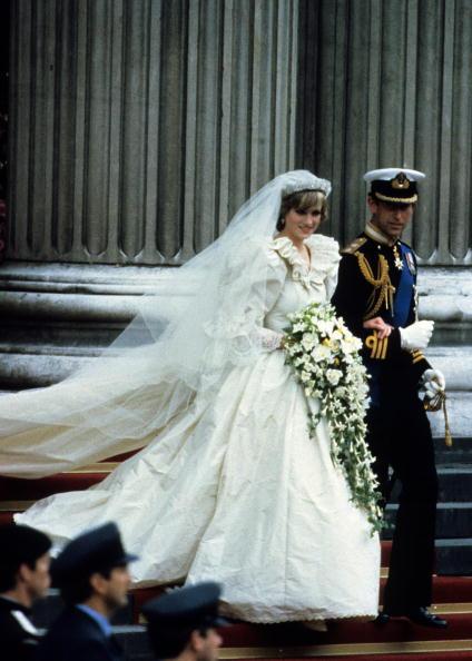 Wedding「Prince Charles Marries Lady Diana Spencer」:写真・画像(11)[壁紙.com]