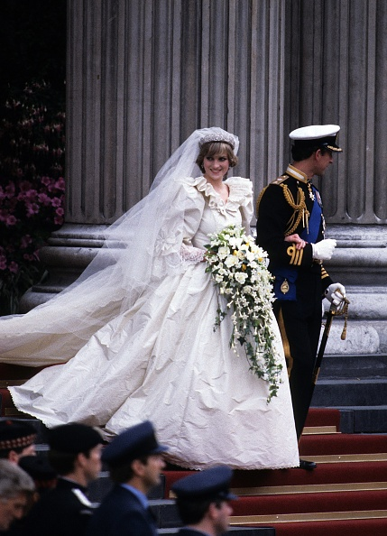 Wedding「Prince Charles Marries Lady Diana Spencer」:写真・画像(16)[壁紙.com]