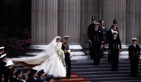 Following - Moving Activity「Prince Charles Marries Lady Diana Spencer」:写真・画像(19)[壁紙.com]