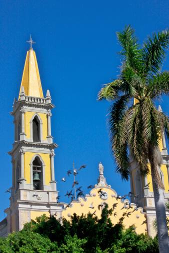 Praying「Basilica de la Inmaculada Concepcion, Mazatlan, Mexico」:スマホ壁紙(7)