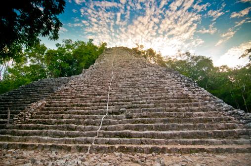 Ancient Civilization「Nohoch Mul (large hill), Maya ruins at Coba」:スマホ壁紙(5)