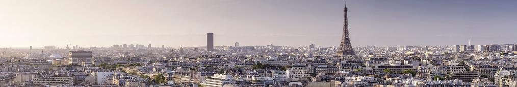 Arc de Triomphe - Paris「Panoramic view over Paris towards the Eiffel Tower and Arc de Triomphe.」:スマホ壁紙(14)