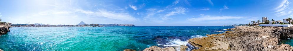 Unrecognizable Person「Panoramic view of Playa El Arenal, Javea-España」:スマホ壁紙(19)