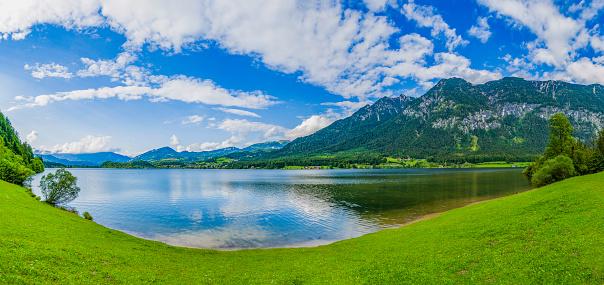 Salzkammergut「panoramic view of mountain lake (HDRi)」:スマホ壁紙(9)