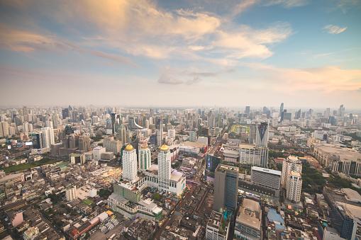 Motorcycle「Panoramic view Cityscape business district ( makkasan,baiyok , Ratchaprarop , patunam  Bangkok, Thailand) aerial view highrise  building at dusk」:スマホ壁紙(10)