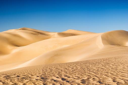 Merzouga「Panoramic view of Sahara Desert in Africa」:スマホ壁紙(15)
