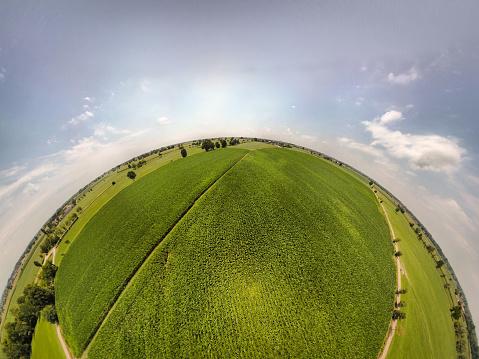 Fish-Eye Lens「360° panoramic view of corn fields」:スマホ壁紙(16)