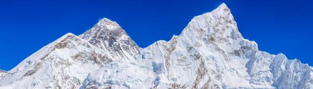 Panoramic view of Mount Everest, Nuptse from Kala Pattar:スマホ壁紙(壁紙.com)