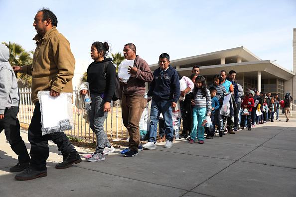 Refugee「Border Wall Funding Continues To Be Divisive Issue Prolonging Government Shutdown」:写真・画像(19)[壁紙.com]