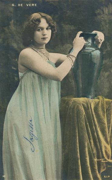 花瓶「G De Vere」:写真・画像(15)[壁紙.com]