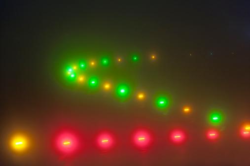 Kennedy Airport「Airport runway lights on a foggy night」:スマホ壁紙(19)