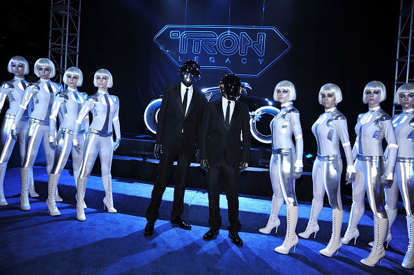 "Disney「World Premiere Of Walt Disney's ""TRON: Legacy"" - Arrivals」:写真・画像(2)[壁紙.com]"