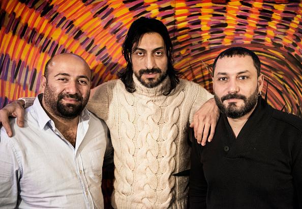 Three People「Taksim Trio」:写真・画像(11)[壁紙.com]