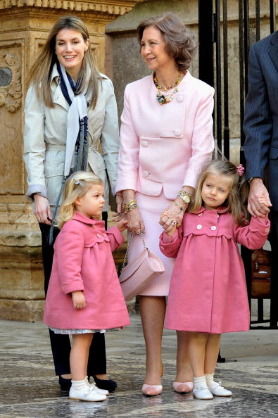 Queen Sofia of Spain「Spanish Royal Family attends Easter Mass in Mallorca」:写真・画像(12)[壁紙.com]