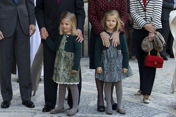 Palma Cathedral「Spanish Royals Attend Easter Mass in Palma de Mallorca」:写真・画像(1)[壁紙.com]