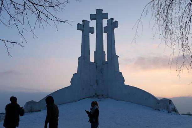 Sean Gallup「Lithuania Celebrates 100th Anniversary Of Restoration Of Statehood」:写真・画像(13)[壁紙.com]