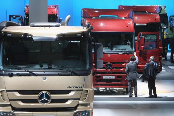 ダイムラーAG「IAA Commercial Vehicles Trade Fair」:写真・画像(2)[壁紙.com]