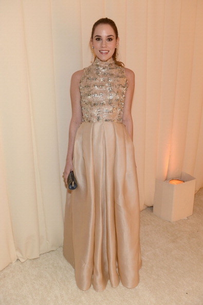 Nude Colored Dress「21st Annual Elton John AIDS Foundation Academy Awards Viewing Party - Inside」:写真・画像(7)[壁紙.com]