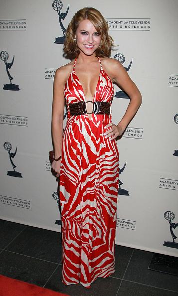 Halter Top「2011 Daytime Emmy Awards Nominees Cocktail Reception」:写真・画像(12)[壁紙.com]