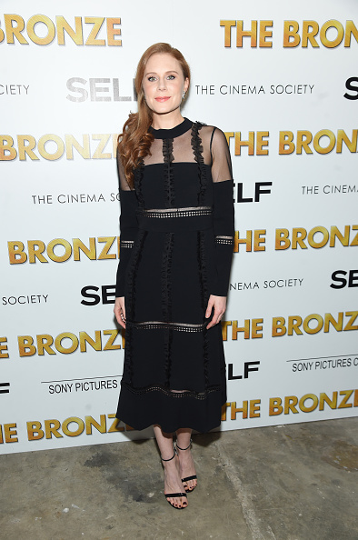 "Ankle Strap Shoe「The Cinema Society & SELF Host A Screening Of Sony Pictures Classics' ""The Bronze"" - Arrivals」:写真・画像(8)[壁紙.com]"