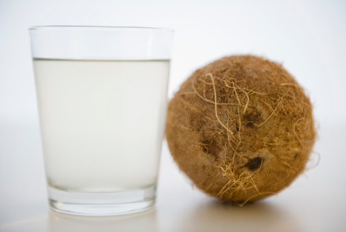 Coconut Water「Coconut water in glass」:スマホ壁紙(4)
