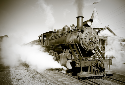 Sepia Toned「Sepia Toned Vintage Steam Engine Locomotive Train Leaving Station」:スマホ壁紙(3)