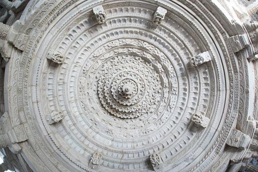 Rajasthan「Rannakpur Temple, near Jodhpur, Rajasthan, India」:スマホ壁紙(4)