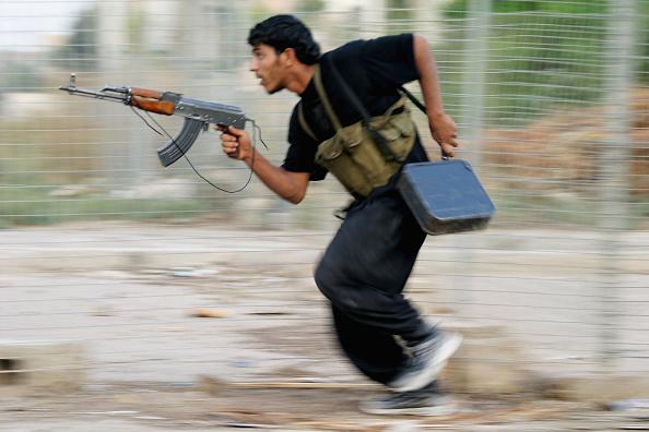 Ghaith Abdul-Ahad「Fallujah Insurgents Prepare For U.S. Offensive」:写真・画像(5)[壁紙.com]