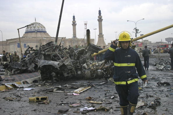 Car Bomb「Series of Bombings Kill 118 In Baghdad」:写真・画像(18)[壁紙.com]