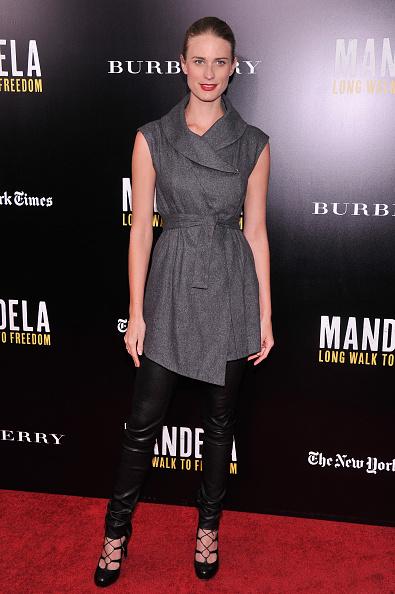 "Black Shoe「""Mandela: Long Walk To Freedom"" Screening Hosted By U2, Anna Wintour, Bob And Harvey Weinstein With Burberry」:写真・画像(10)[壁紙.com]"