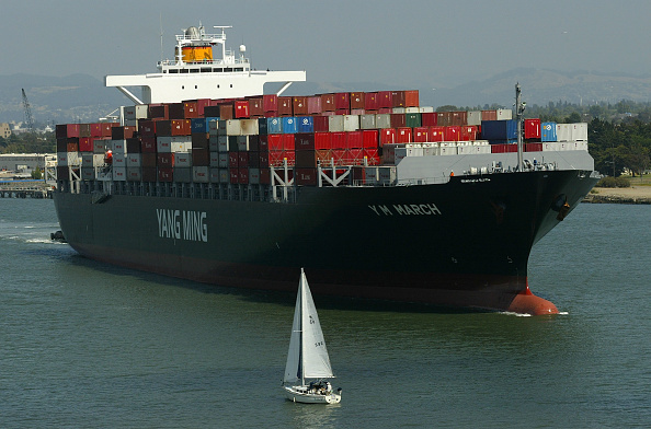 Container Ship「Coast Guard Boards Foreign Ships To Check Security」:写真・画像(1)[壁紙.com]