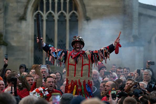 トップランキング「Old English Tradition of Haxey Hood Takes Place In North Lincolnshire」:写真・画像(16)[壁紙.com]