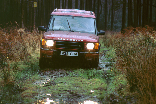 Headlight「2000 Land Rover Discovery TD5」:写真・画像(5)[壁紙.com]