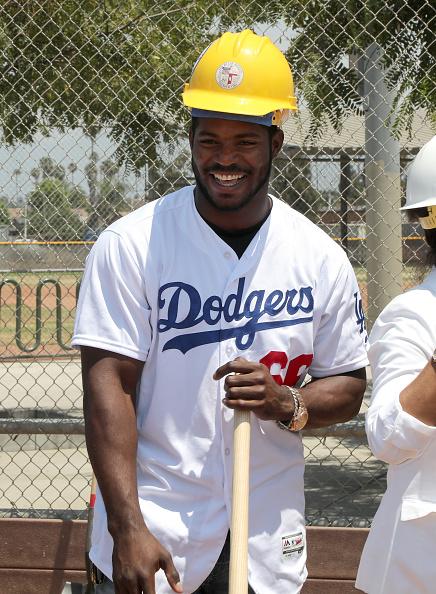 Jerritt Clark「Yasiel Puig And Los Angeles Dodgers Foundation Host Historic Dodgers Dreamfield Groundbreaking」:写真・画像(14)[壁紙.com]