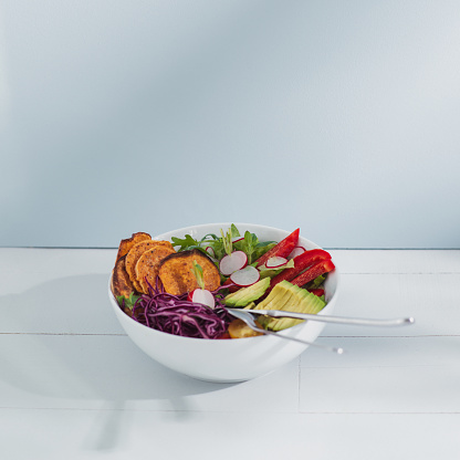 Avocado「Food fresh vegan vegetarian Salad and vegetables blue bright photograph」:スマホ壁紙(13)