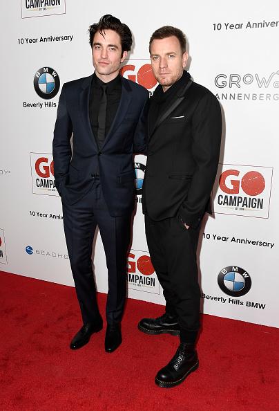 ロバート・パティンソン「10th Annual GO Campaign Gala - Arrivals」:写真・画像(1)[壁紙.com]